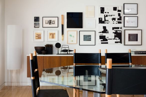 Interior: Joshua Rice Design, Inc. | Mid-century modern private residence  Photo: Robert Yu | 2013